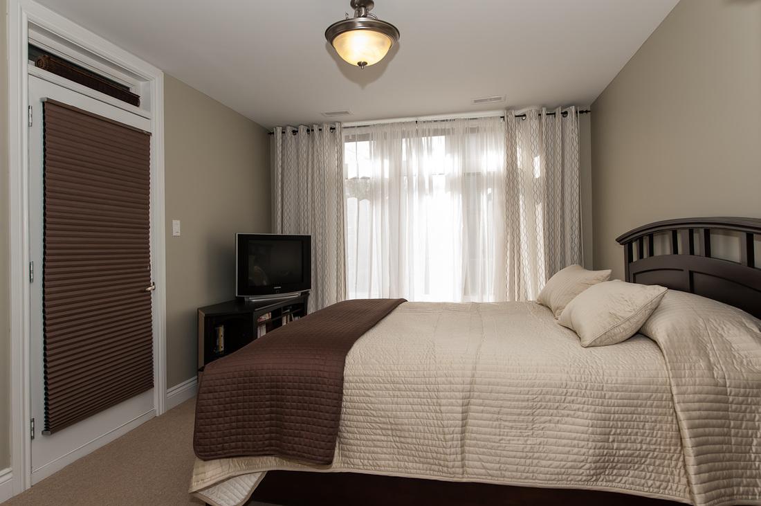Master Bedroom Walk In Closet Stonework Lofts Westboro105 323 Winona Avenue Ottawa On